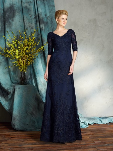 Sheath/Column V-neck Applique 1/2 Sleeves Satin Mother of the Bride Dress
