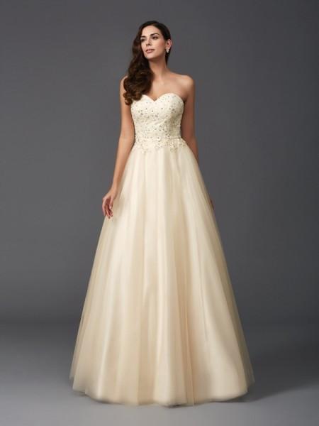 A-Line/Princess Sweetheart Beading Long Net Dress
