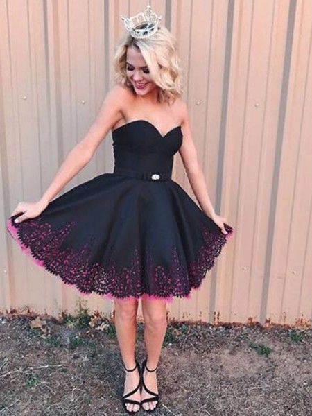 A-Line Sleeveless Sweetheart Satin With Short/Mini Dress