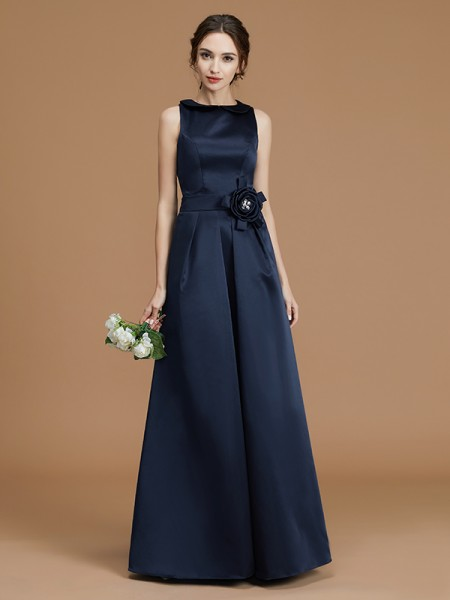 A-Line/Princess Bateau Floor-Length Hand-Made Flower Satin Bridesmaid Dresses