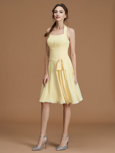 A-Line/Princess Halter Short/Mini Chiffon Ruffles Bridesmaid Dresses