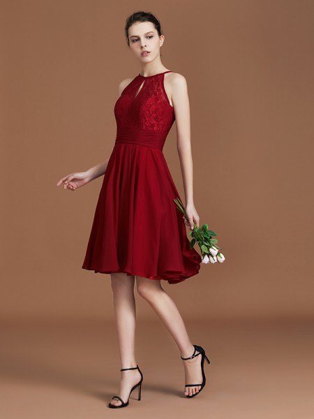 A-Line/Princess Shalter Knee-Length Chiffon Bridesmaid Dresses