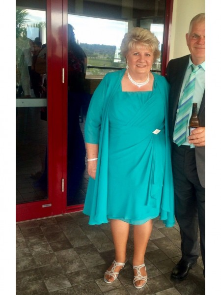 A-Line/Princess Straps Knee-Length Chiffon Mother Of The Bride Dresses
