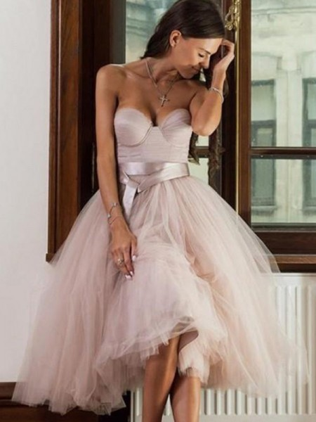 A-Line/Princess Tulle Sash/Ribbon/Belt Sweetheart Sleeveless Tea-Length Short Dresses