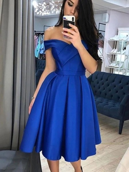 A-Line/Princess Satin Ruffles Sleeveless Knee-Length Homecoming Dresses