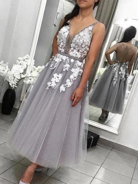 A-Line/Princess Tulle Sleeveless Applique Ankle-Length Homecoming Dresses