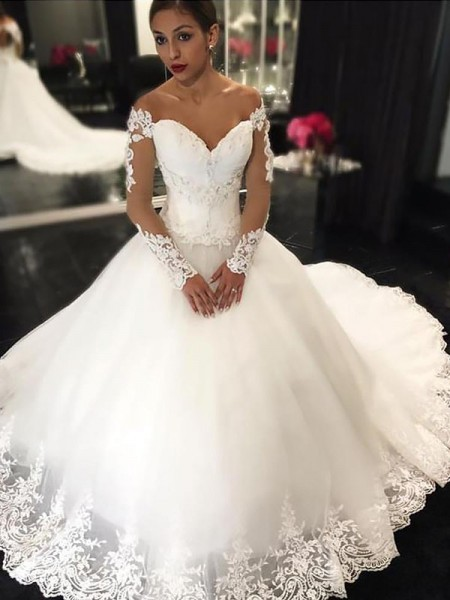 Ball Gown Tulle Off-the-Shoulder Court Train Applique Wedding Dresses