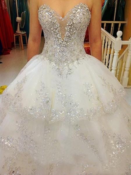 A-line/Princess Sweetheart Floor-length Tulle Wedding Dress