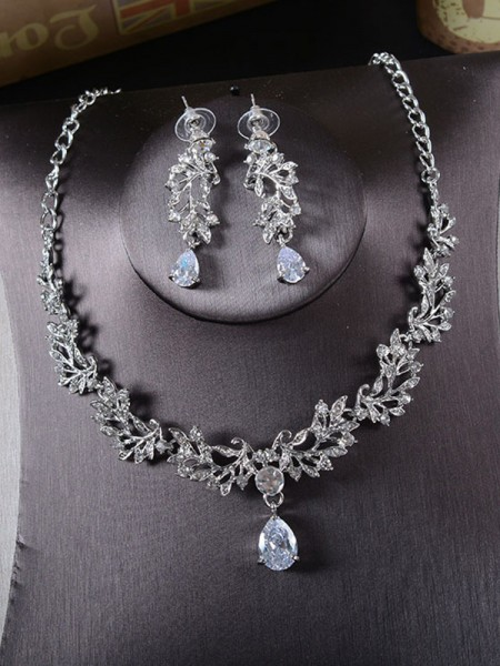 Korean Beautiful Alloy With Rhinestone Jewelry