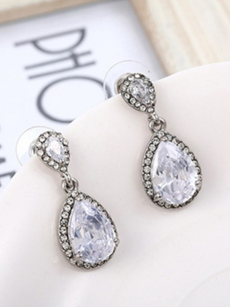 Gorgeous S925 Silver With Crystal Earrings