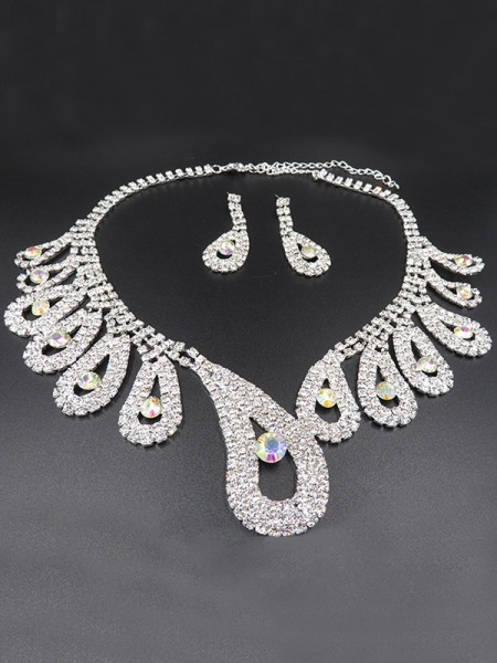 Luxurious Alloy With Rhinestone Bridal Jewelry