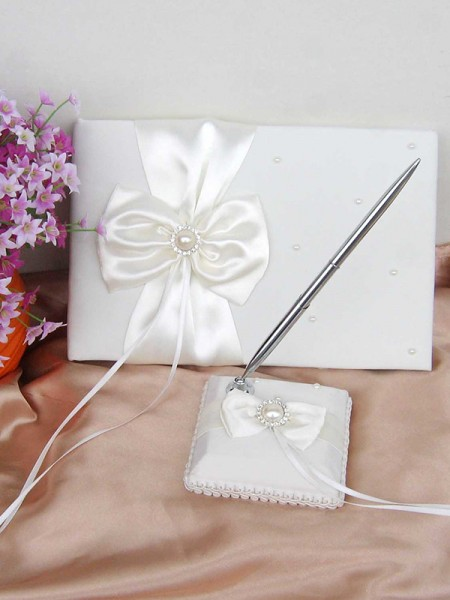 Pure Cloth With Bowknot/Pearl Guestbook & Pen Set