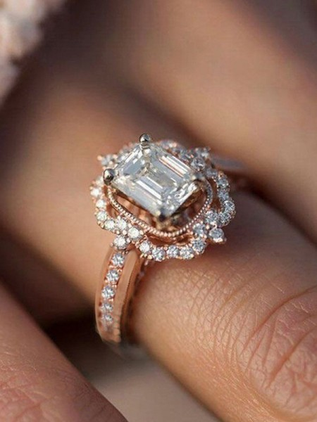 Attractive Alloy With Zircon Hot Sale Wedding Rings