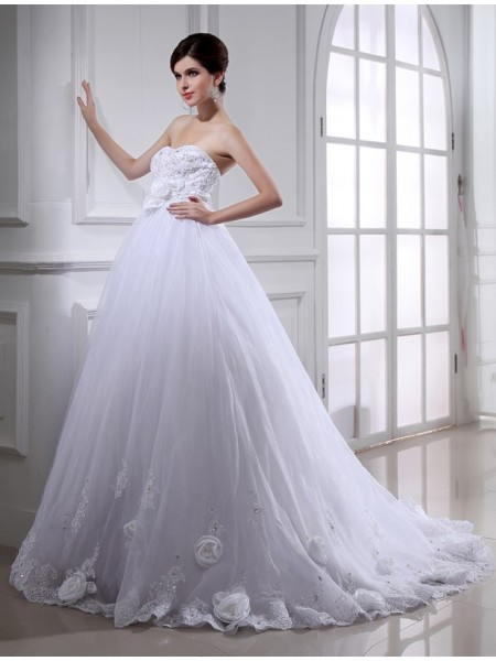 Ball Gown Strapless Long Organza Wedding Dress