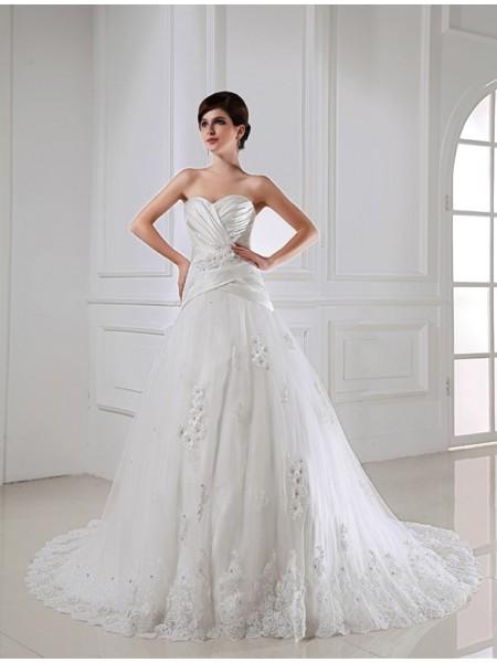 A-Line/Princess Applique Sweetheart Satin Tulle Wedding Dress