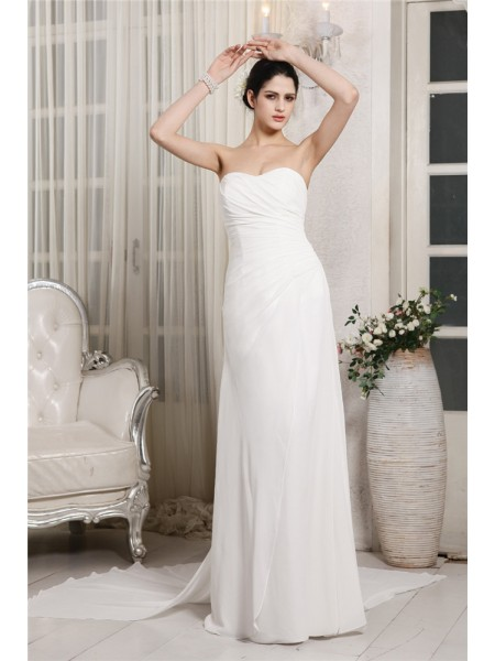 Sheath/Column Sweetheart Ruffles Chiffon Wedding Dress