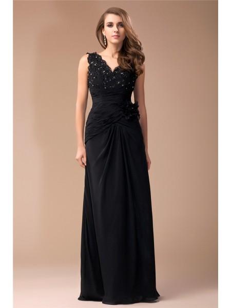 Sheath/Column V-neck Long Lace Chiffon Dress