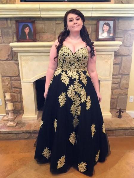 Ball Gown Spaghetti Straps Applique Floor-Length Tulle Plus Size Dress