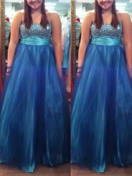 A-Line/Princess Sweetheart Beading Floor-Length Tulle Plus Size Dress