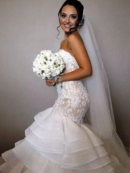 Trumpet/Mermaid Sleeveless Chapel Train Ruffles Applique Lace Organza Wedding Dress