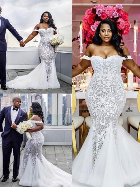 Trumpet/Mermaid Sleeveless Tulle Court Train Wedding Dress