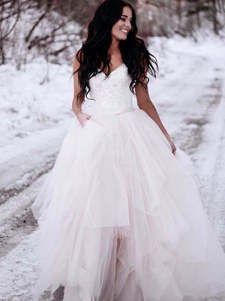 A-Line/Princess Tulle V-neck Sleeveless Floor-Length Wedding Dress