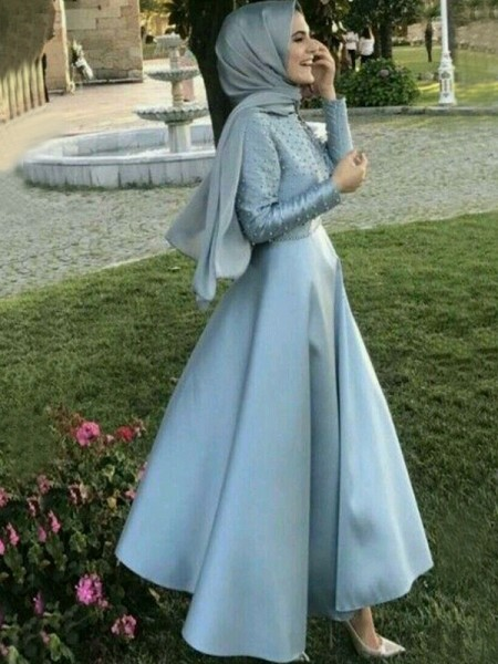 A-Line/Princess Long Sleeves Floor-Length Scoop Beading Satin Muslim Dresses