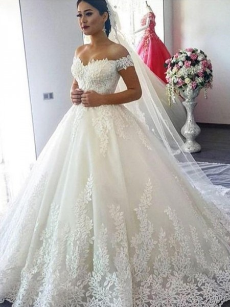 Ball Gown Off-the-Shoulder Sweep/Brush Train Sleeveless Lace Wedding Dresses with Tulle