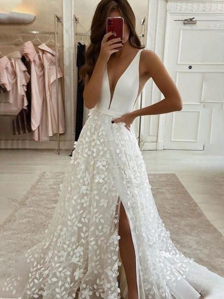 A-Line/Princess V-neck Organza Applique Sweep/Brush Train Sleeveless Wedding Dresses