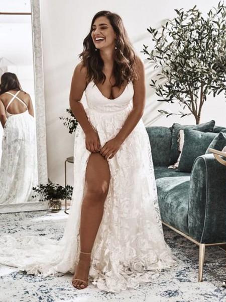 A-Line/Princess Straps Tulle Sweep/Brush Train Applique Sleeveless Wedding Dresses