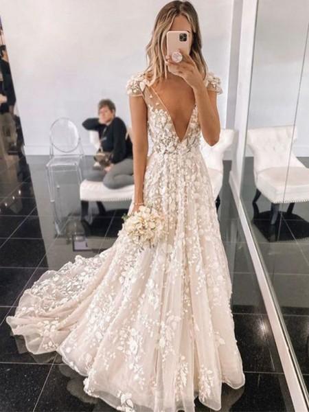 A-Line/Princess Sweep/Brush Train V-neck Applique Tulle Short Sleeves Wedding Dresses