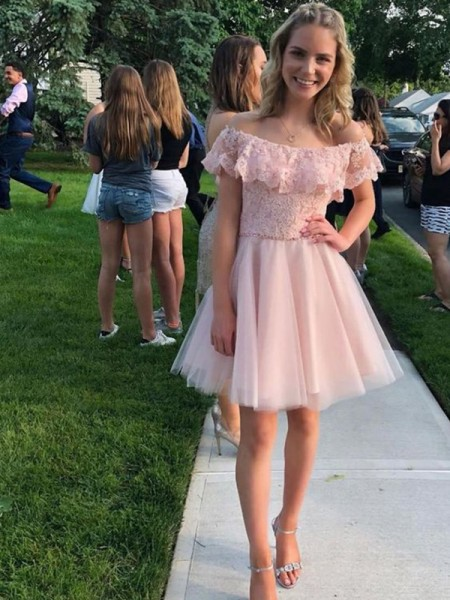 A-Line/Princess Applique Tulle Short Sleeves Off-the-Shoulder Short/Mini Homecoming Dresses