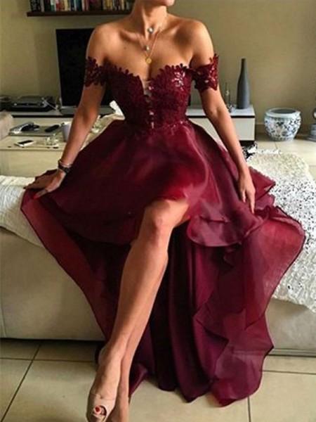 A-Line/Princess Off-the-Shoulder Asymmetrical Applique Organza Dress
