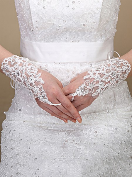 Gorgeous Tulle Lace Wedding Gloves