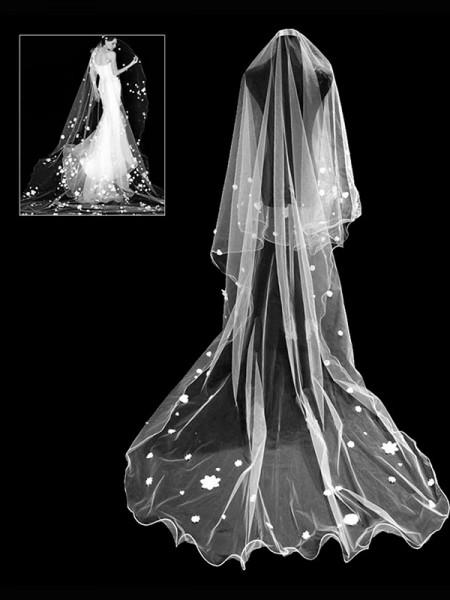 Pretty Tulle Wedding Veils