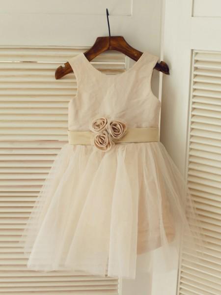 A-line/Princess Scoop Sash/Ribbon/Belt Long Tulle Dresses