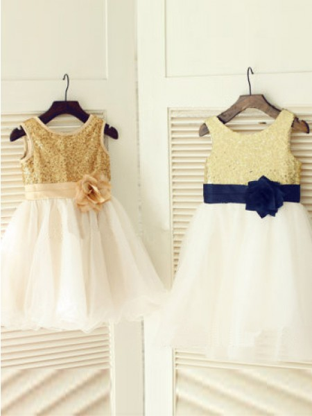 A-line/Princess Sleeveless Scoop Hand-Made Flower Long Tulle Dresses