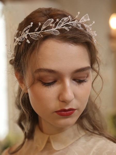 Fascinating Alloy With Crystal Headpieces