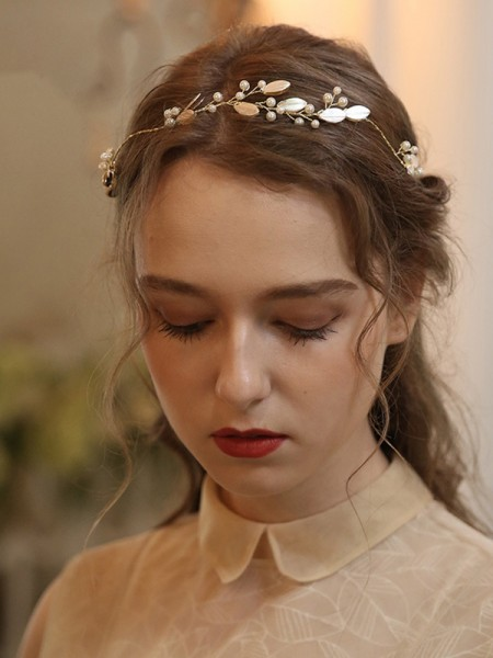 Bonny With Pearl Alloy Headpieces