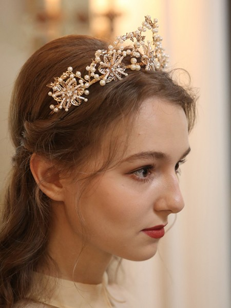 Charming Alloy With Pearl Headpieces